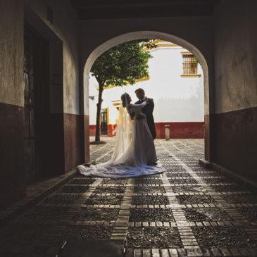 Jorge y Tania, una postboda entre Sevilla y Triana
