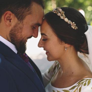 Nuria y Guille , una boda a los pies de la Patrona