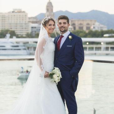 Jorge y Encarni , una boda a los pies del Carmen
