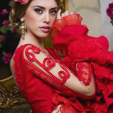 Amaia Izaar, Miss Mundo España con traje de flamenca de El Abanico