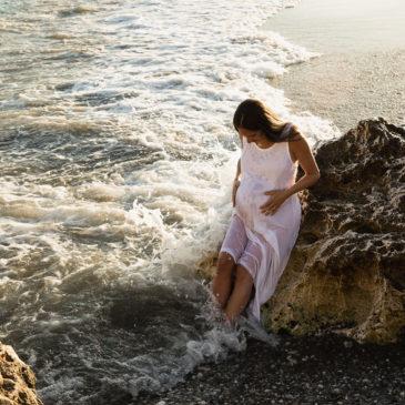 Premamá en la playa. Con Carmen Ventura
